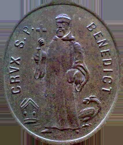 Medalik św. Benedykta prawdziwy (awers)