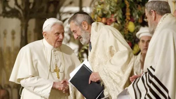 Antypapież Benedykt XVI odrzucił całkowicie wiarę w Syna Bożego
